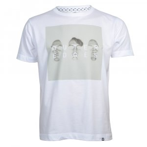 t-shirt-outer-edges